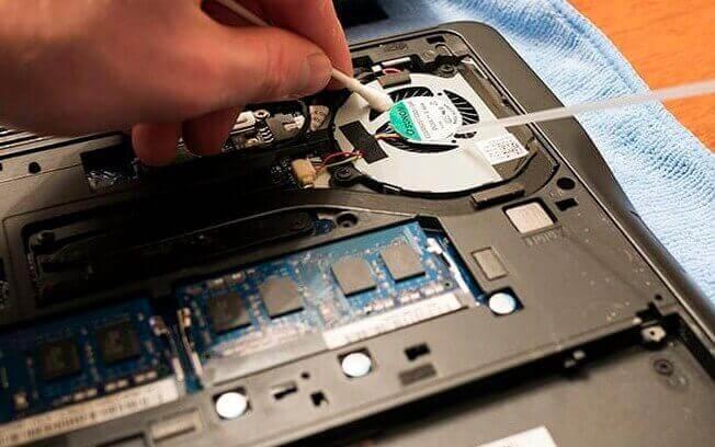 Bersihkan Laptop